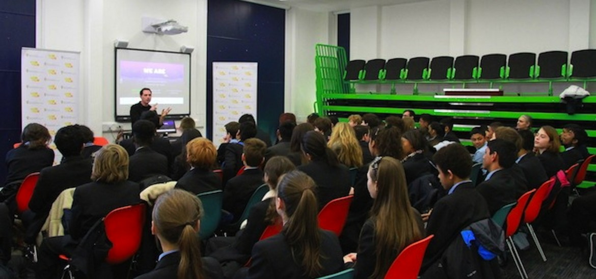 Alex Heffes visits Morpeth School, London