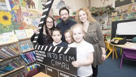 Celyn Jones launches Digital Literacy resource at Cornist Park School