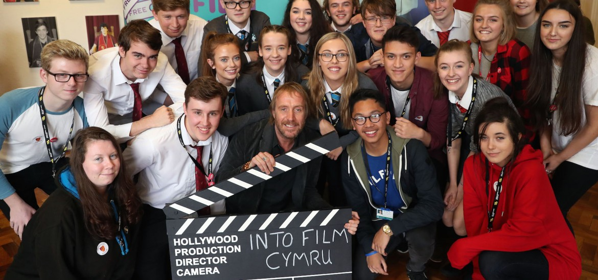 Rhys Ifans group shot