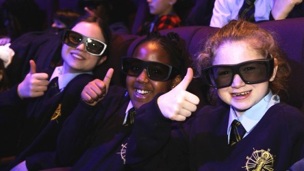 IFF 2018 (Girls with 3-D glasses)