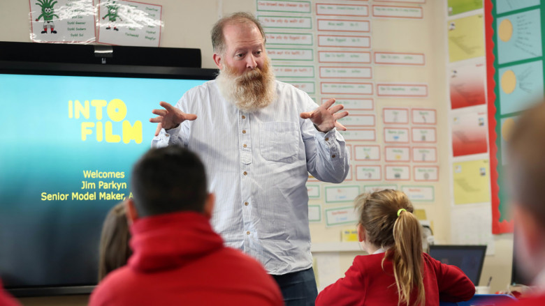 Jim Parkyn of Aardman visits Llanharan Primary School (3)
