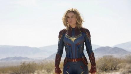 Captain-Marvel-hero